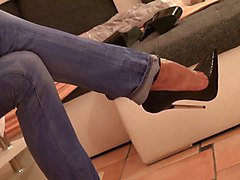 19 CM high heels and tight jeans hot lady
