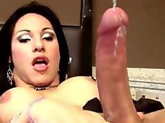tranny babes measure their girl poles and fuck in gangbang