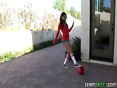 Sexy Teen Jynx Maze Gets Fucked Hard By Her Coach